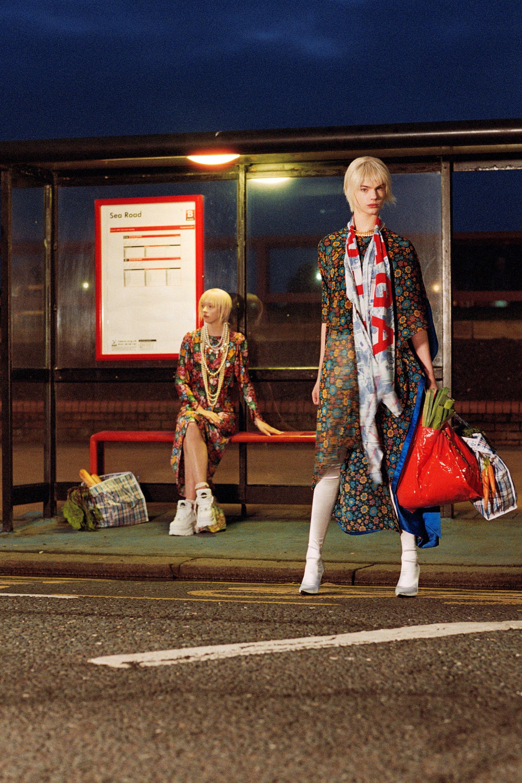 Ash K Halliburton - Vogue Japan   Bring me the cheque